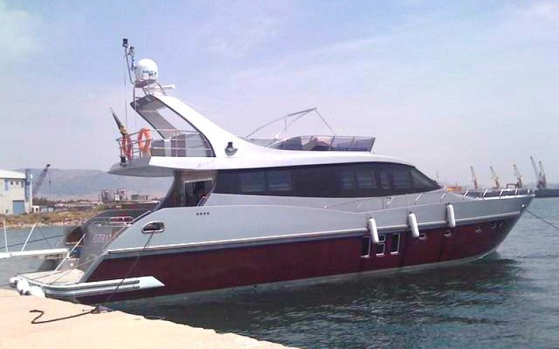 Моторная яхта «ALTERA»